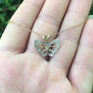 Jewelry - 🦋10K Gold Plated Butterfly Necklace!!🌸